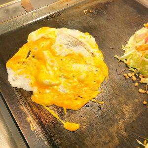 広島焼き卵を伸ばしたところ
